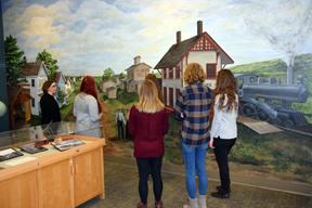 Students mural 4 LR