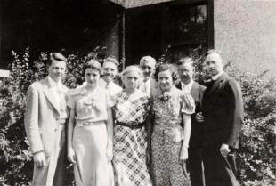 Edward Kinney family LR