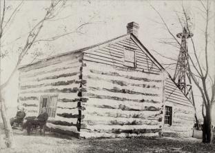 Kinney log cabin LR